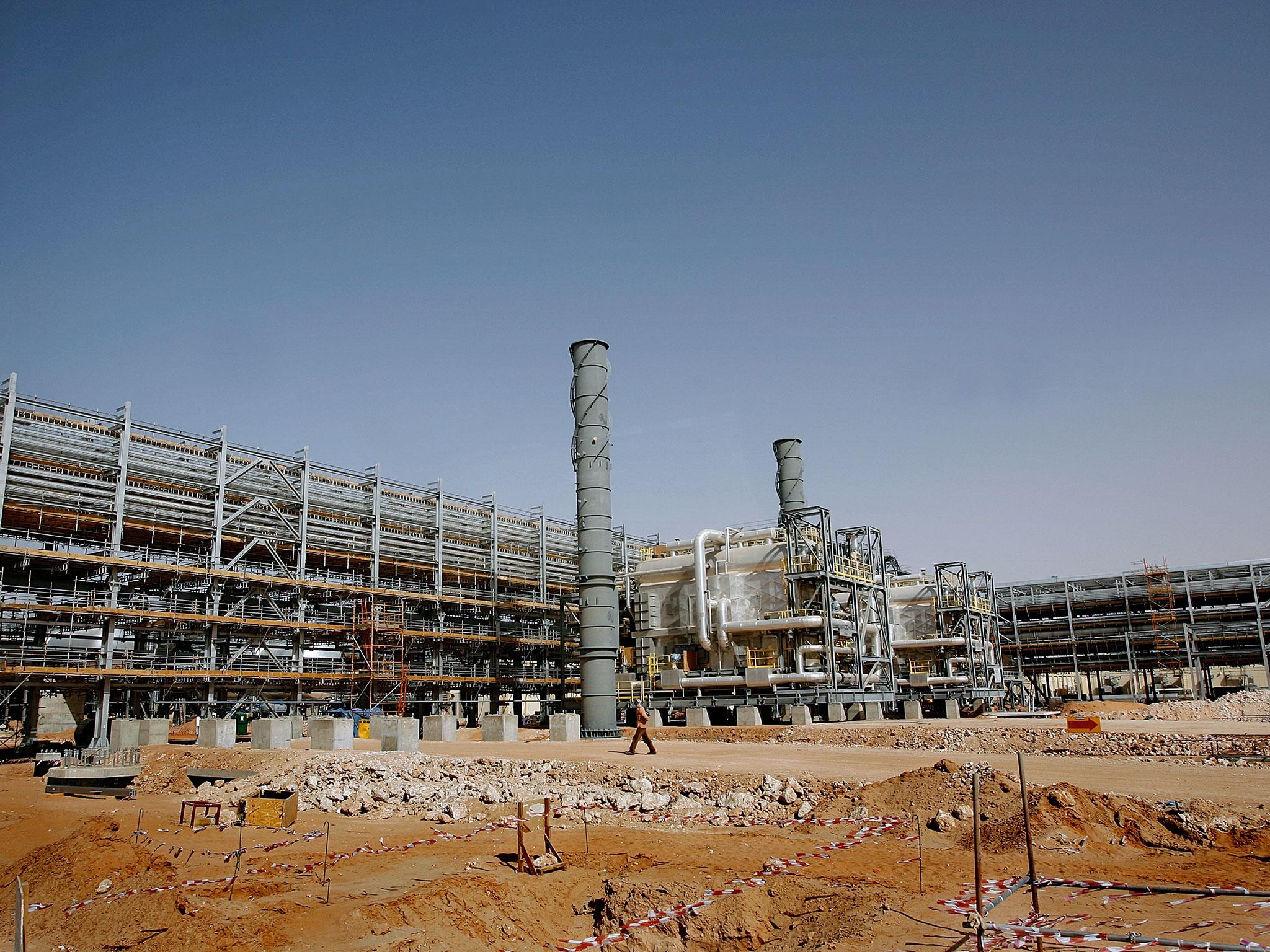 Fadhili GAS PLANT 6 No. Sulfur Pits